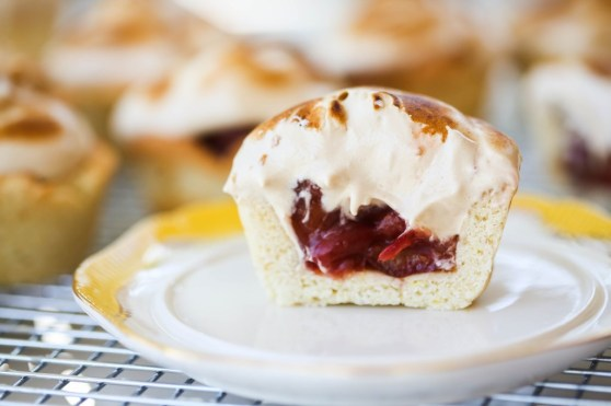 cherry meringue mini pies-1