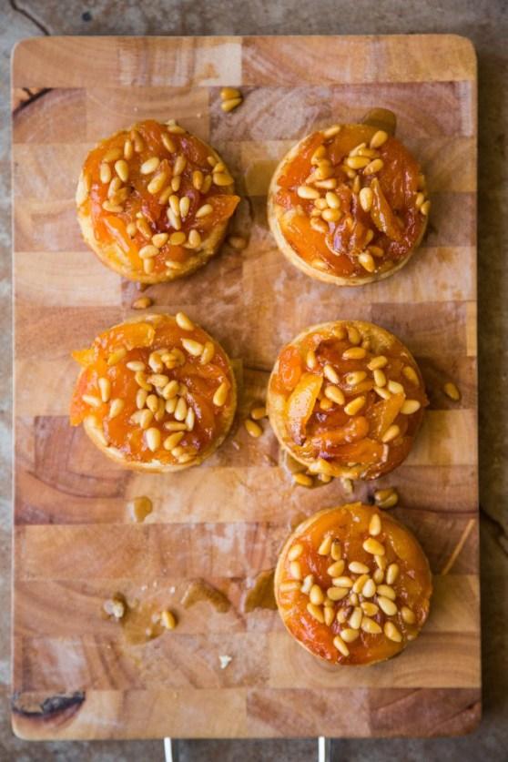 Apricot Pinenut Cakelettes001