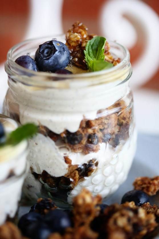Blueberry Granola and Cinnamon Yogurt Parfaits