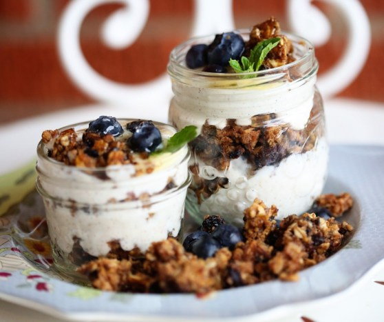Yogurt and Granola Parfaits