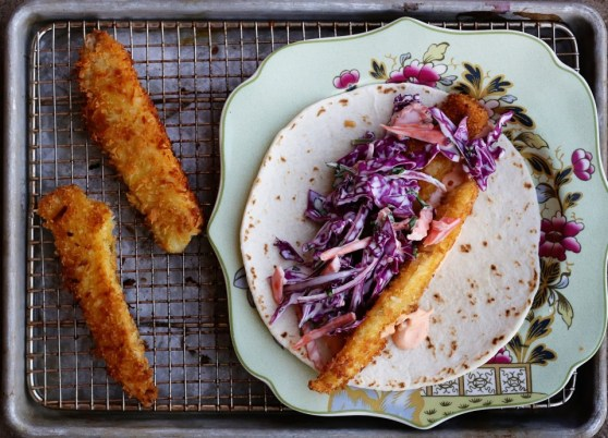 crunchy coconut fish tacos with sirracha mayo